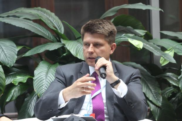 Petru: wkrótce rozpoczniemy debatę nt wprowadzenia euro