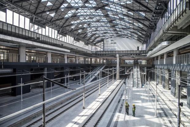Finał budowy dworca Łódź Fabryczna dopiero na koniec 2017