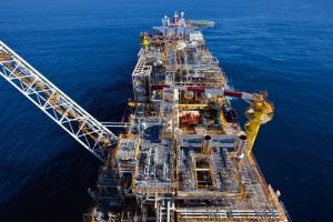 Górniczy gigant sprzedaje złoża gazu