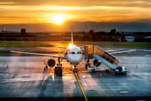W Polsce rośnie liczba pasażerów wybierających samoloty