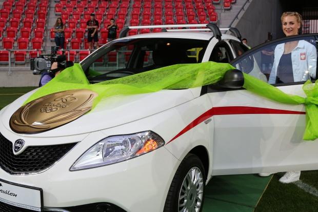 Auto z Tychów dla medalistki z Tychów