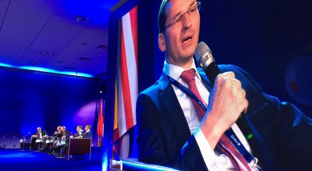 Wyzwaniem dla Morawieckiego - poprawa wizerunku Polski za granicą