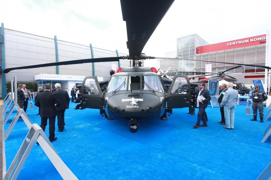 Black Hawk S70i z Lockheed Martin (PZL Mielec).