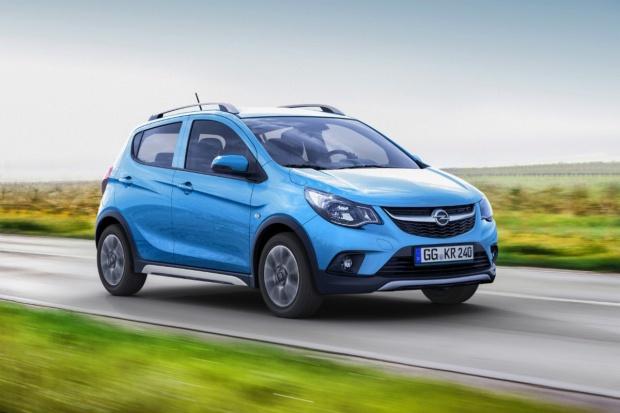 Najmniejszy Opel stał się... SUV'em