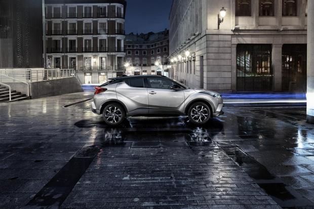 Paryskie przymiarki Toyoty