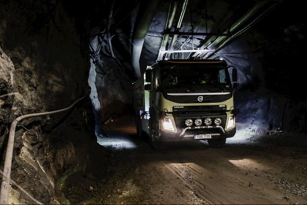 Podziemne testy autonomicznych ciężarówek