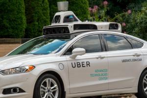 Tuzin autonomicznych aut Ubera na ulicach Pittsburgha