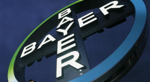 Bayer zbiera gigantyczne pieniądze na roszczenia związane z glifosatem