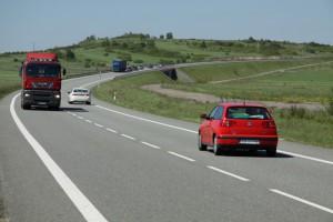 Najważniejsza droga na południu Polski znów stoi. Wykonawca odrzucił kontrakt
