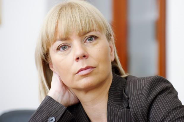 E. Bieńkowska, KE: Unia może integrować się wokół spraw obronności