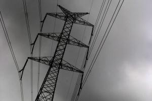 Tysiące odbiorców bez energii elektrycznej po nocnych wichurach