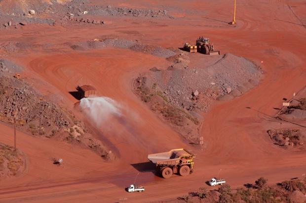 Wydobycie rudy żelaza pójdzie w górę, ceny na dwa lata zanurkują