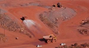 Pęknięta tama pogrążyła górniczego giganta