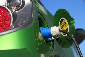 Żeby osiągnąć cel miliona samochodow elektrycznych nie wystarczą same dopłaty