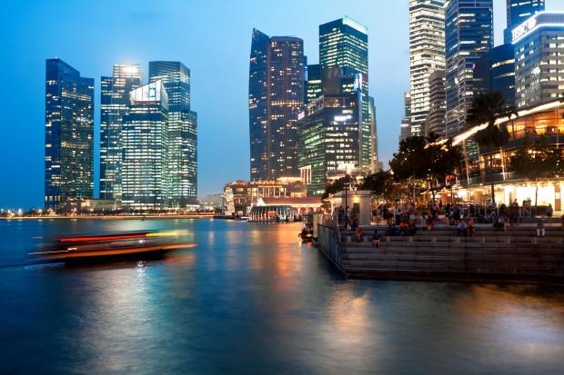 Pierwszy ładunek LNG do Singapuru