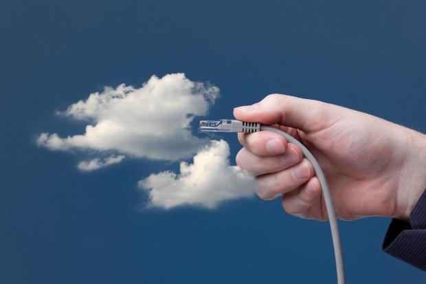 Coraz więcej firm w chmurze