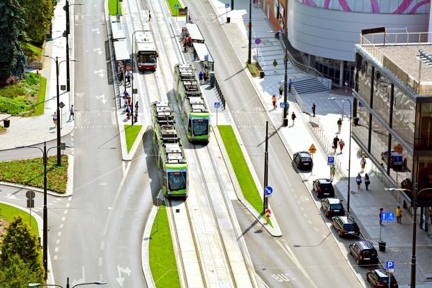 Proces o budowę linii tramwajowych; ratusz - znikome zaangażowanie firmy