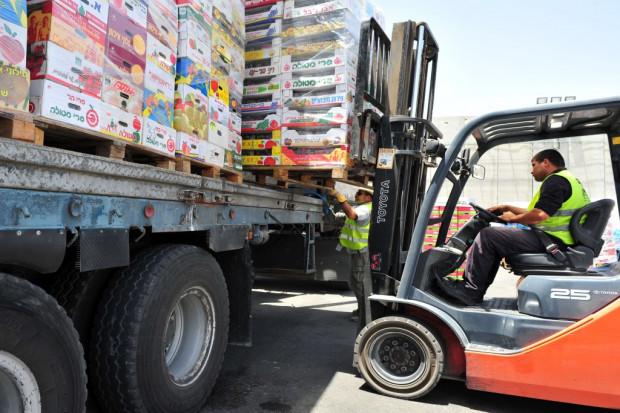 Importujemy coraz więcej. 3,7 mld zł deficytu w obrotach z zagranicą