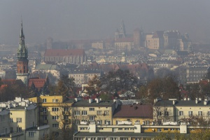 Smog wrócił do Krakowa, w sobotę bezpłatna komunikacja