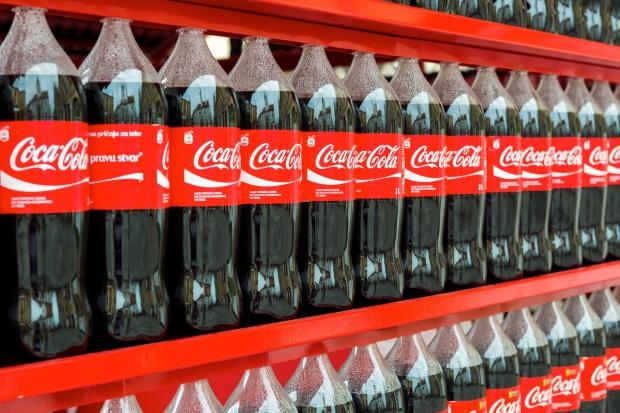 Coca-Cola inwestuje w start-up, by tworzyć bardziej ekologiczne butelki PET