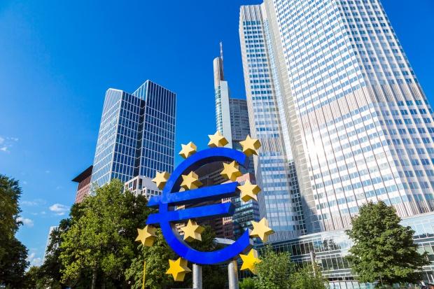 KE chce, by rozważyć stworzenie osobnego budżetu dla strefy euro
