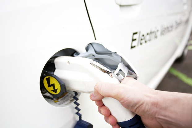 W Rzeszowie pracownicy PGE Obrót testują samochody elektryczne