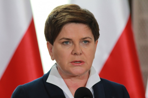 Premier Szydło: zakupów dla wojska chcemy dokonywać w polskich zakładach