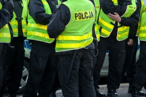 MSWiA chce dodatkowo premiować absolwentów klas policyjnych