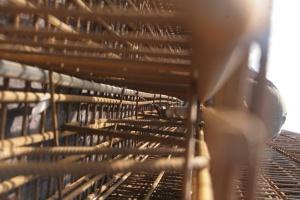 Metinvest zarabia na eksporcie konstrukcji stalowych