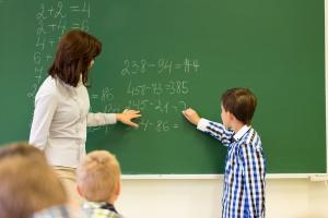 Podwyżki dla nauczycieli mają wynieść 15 proc. w ciągu trzech lat