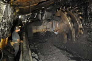 Górnictwo i przetwórstwo utrzymują silny wzrost produkcji przemysłowej