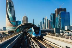 Dubaj podpisał kontrakt budowę metra za 2,6 mld euro