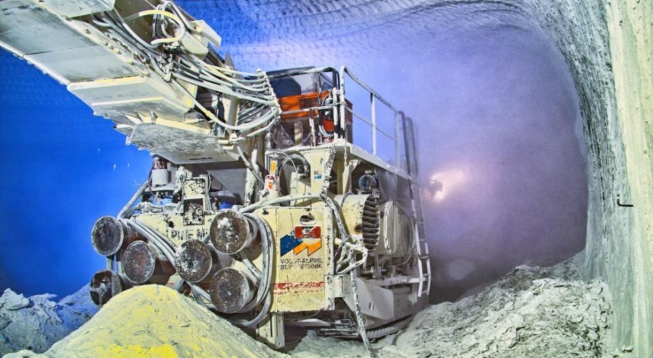 W KGHM pracują nad unikalną metodą wykrywania zagrożeń górniczych