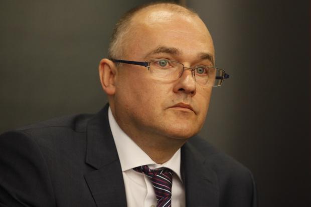 Sztuczkowski, Cognor: wybuchła stalowa wojna