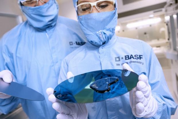 Pogorszenie wyników BASF, bo sprzedał aktywa