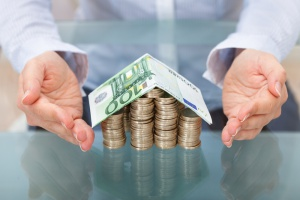 MF na koniec marca miało na rachunkach ok. 7,6 mld euro