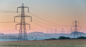 Podwójne standardy emisji CO2 na rynkach mocy? Energetyka w gąszczu regulacji