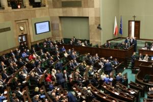 Morawiecki w Sejmie: budżet konstruujemy dla ludzi, nie dla wskaźników