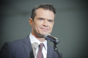 B. minister transportu Sławomir Nowak przyjął obywatelstwo Ukrainy