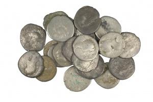 Przy budowie trasy S11 znaleziono rzymskie monety