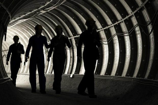 """Związkowcy na urlopy górnicze, czyli pomysł """"od czapy"""""""