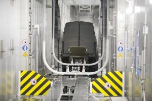 Zdjęcie numer 3 - galeria: Nowa fabryka Volkswagena we Wrześni - zobacz, jak produkują Craftery
