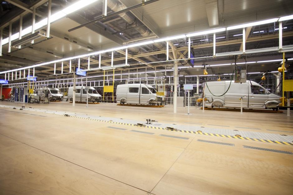 Zdjęcie numer 2 - galeria: Nowa fabryka Volkswagena we Wrześni - zobacz, jak produkują Craftery