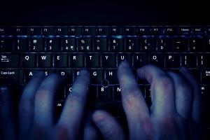 Chińskie kamery internetowe wykorzystano do ataku na serwisy internetowe