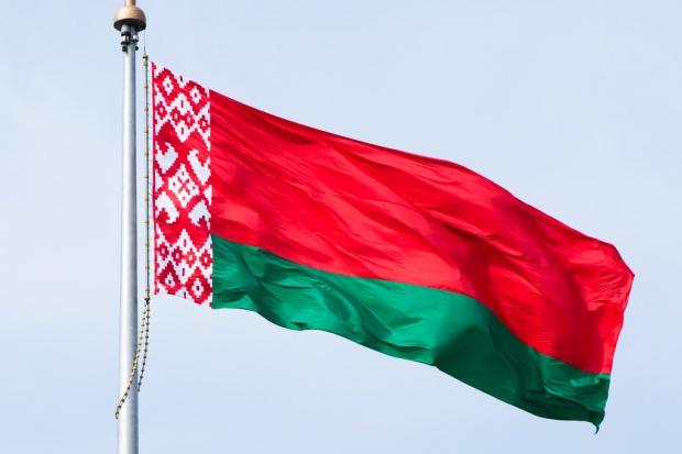 Połowa Białorusinów popiera budowę elektrowni pod Ostrowcem