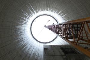Energetyka chce budować bloki i sieci, ale to bardzo trudne