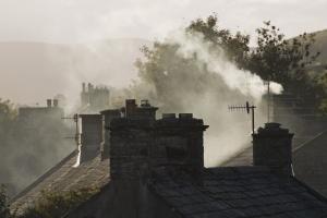 NIK: śląskie gminy nieskutecznie walczą z niska emisją