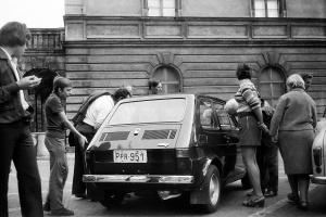 """Zdjęcie numer 2 - galeria: """"Maluch"""", """"kaszlak"""", czyli Fiat 126p. Oto legenda polskiej motoryzacji"""
