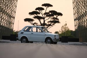 Kabriolet, pług, pojazd wojskowy i wyścigowy, czyli zaskakujące oblicza Fiata 126