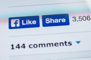 Facebook ukarany w Hiszpanii za śledzenie użytkowników